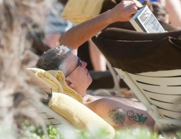rex-ryan-jets-tattoo-beach
